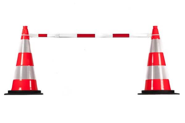 Flexilight RougeBlanc, avec cônes de signalisation Autoroute base noire EHS